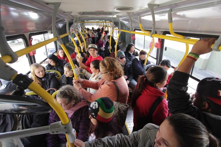7 lições que só quem anda de ônibus conseguiu aprender