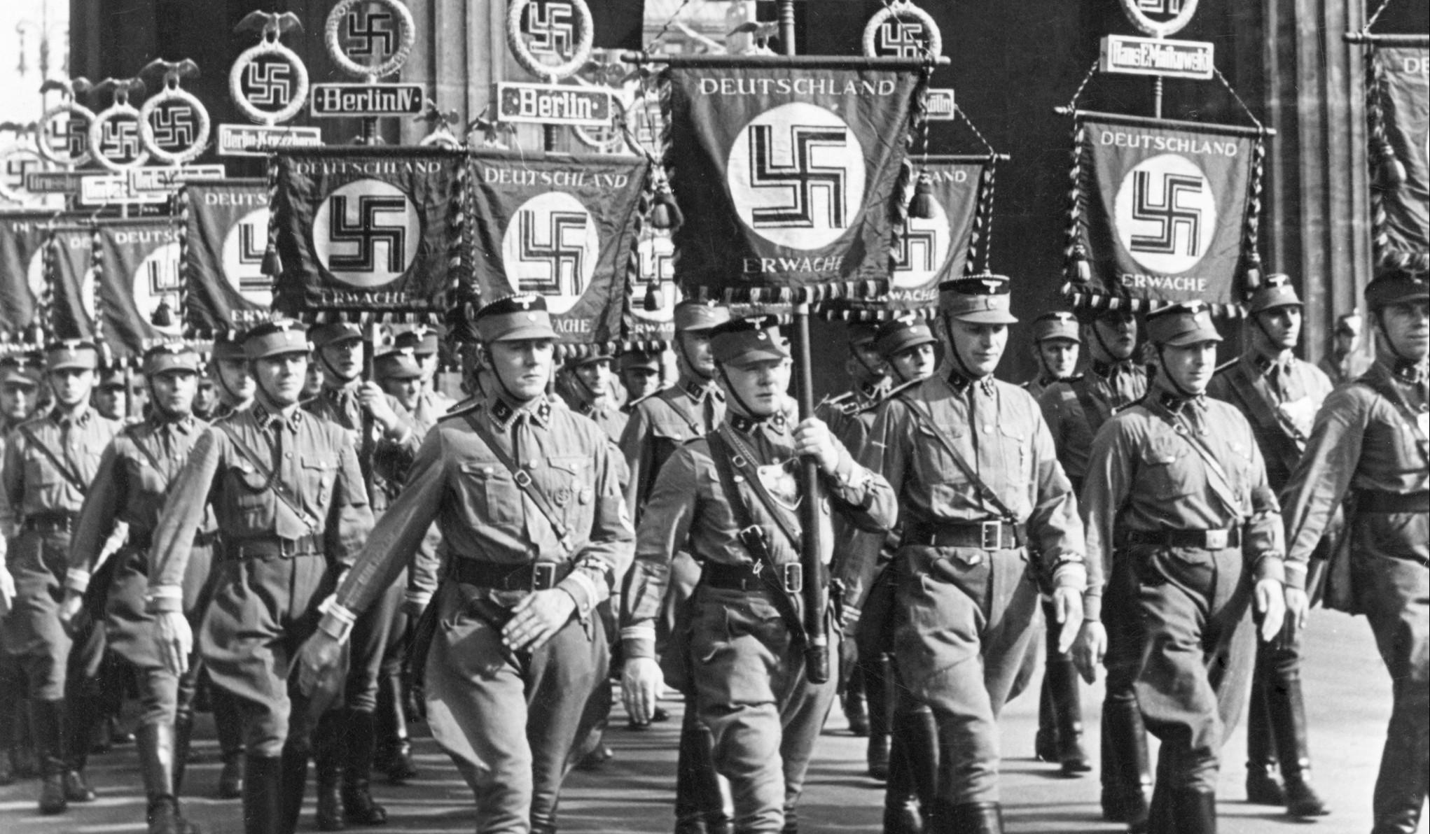 Como os alemães reagiram ao saberem as atrocidades que o nazismo cometeu?