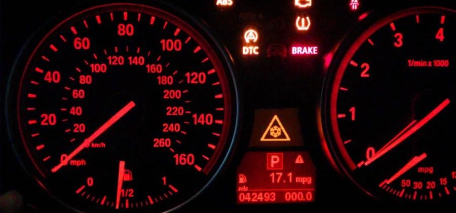 7d788cc11e 10 símbolos no painel do carro que todo mundo conhece mas pouca gente sabe  o que significam
