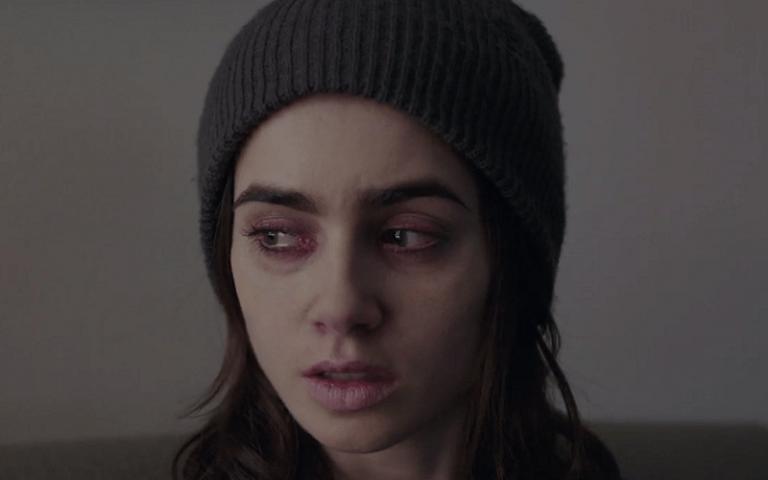 """Trailer de """"To The Bone"""" aborda assunto polêmico e delicado"""