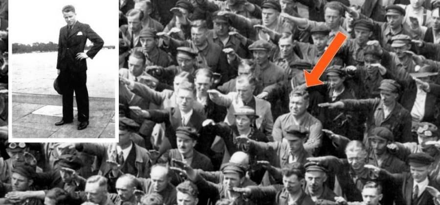 Resultado de imagem para O HOMEM QUE NAO FEZ O CUMPRIMENTO NAZISTA