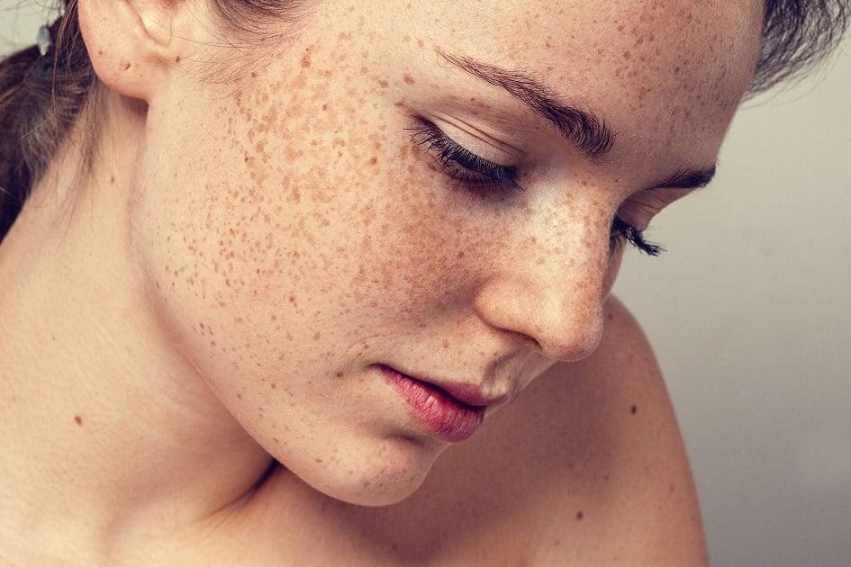 7 'defeitos' das mulheres que os homens se sentem atraídos