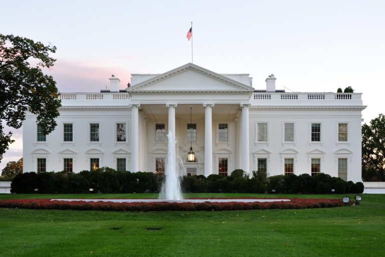 7 mortes que aconteceram dentro da Casa Branca