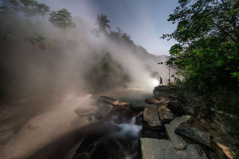 Tudo que cai nesse rio da Amazônia acaba morrendo