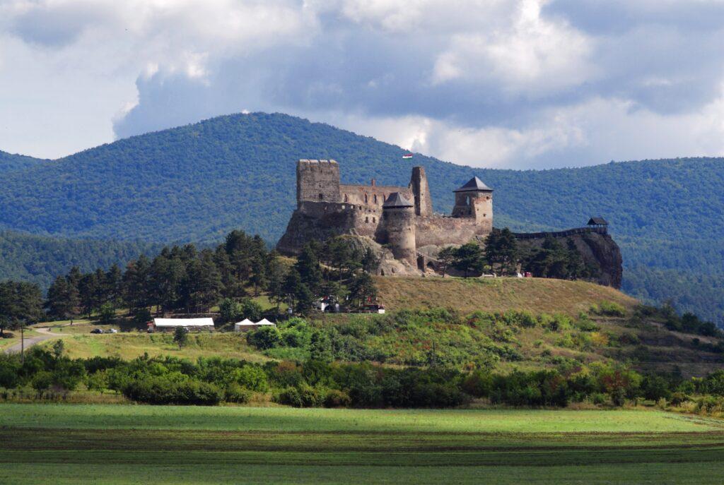 Boldogkőváralja Hungary Eastern Europe Beautiful Scenery European Countries Medieval Fortress. 1024x687, Fatos Desconhecidos