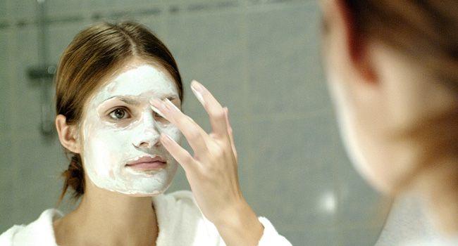 7 ingredientes perigosos que são usados em cosméticos