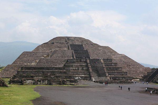 Piramidedalua 600x400, Fatos Desconhecidos