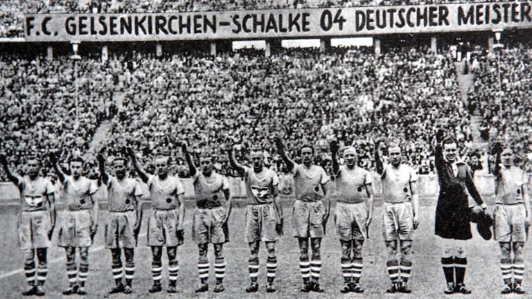A história do time de futebol que humilhou o time nazista durante a 2° Guerra Mundial