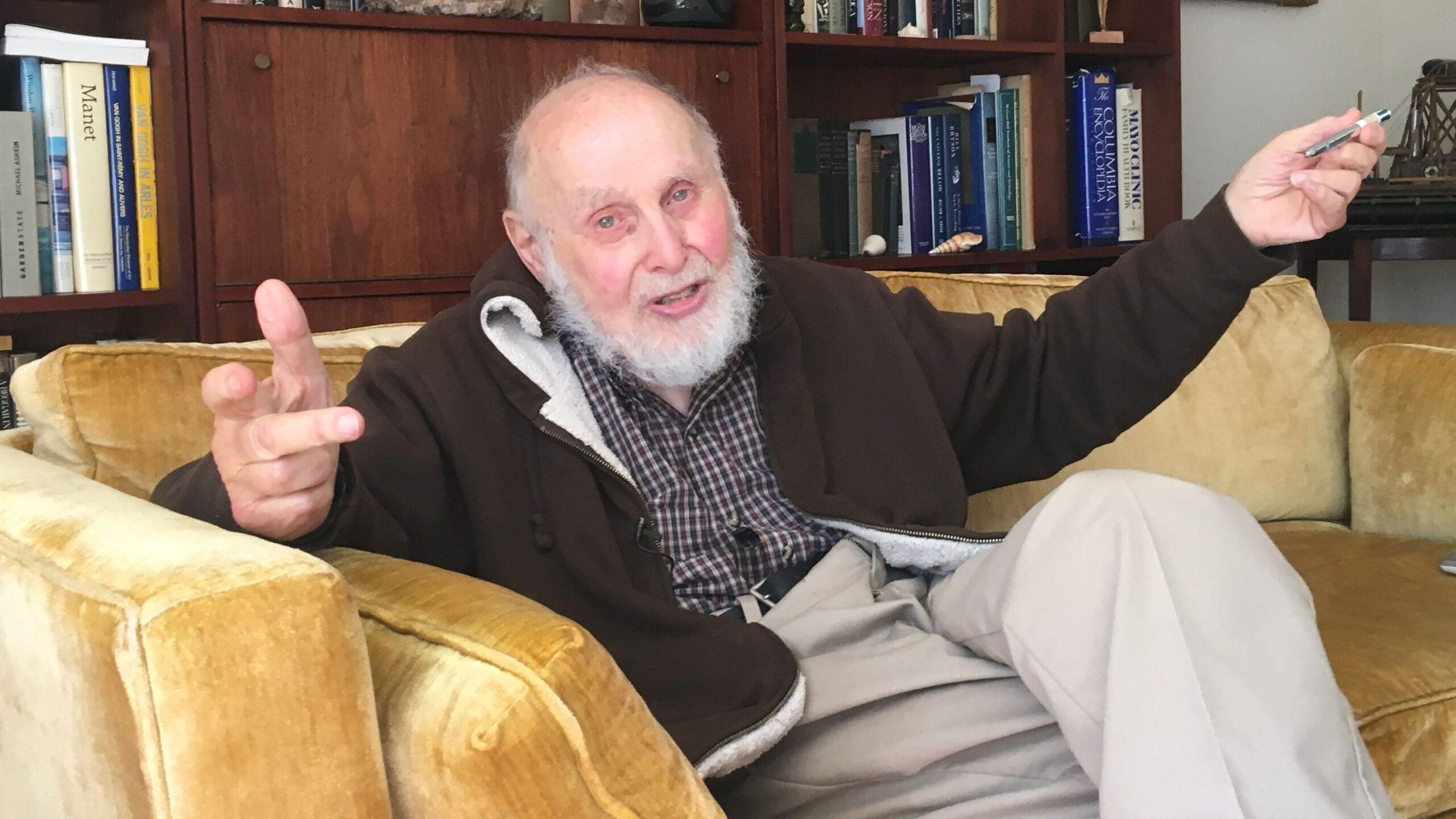 O mais velho vencedor do Prêmio Nobel ainda está ativo e com projeto incrível