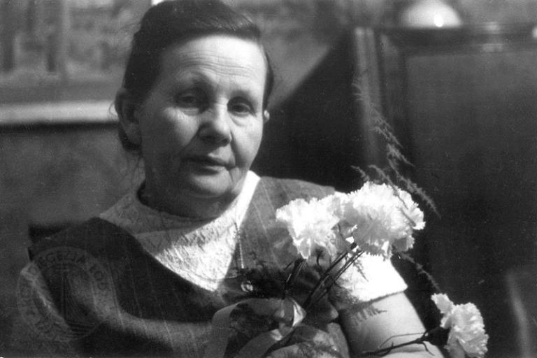 A mulher que salvou mais de 3000 bebês durante a Segunda Guerra Mundial