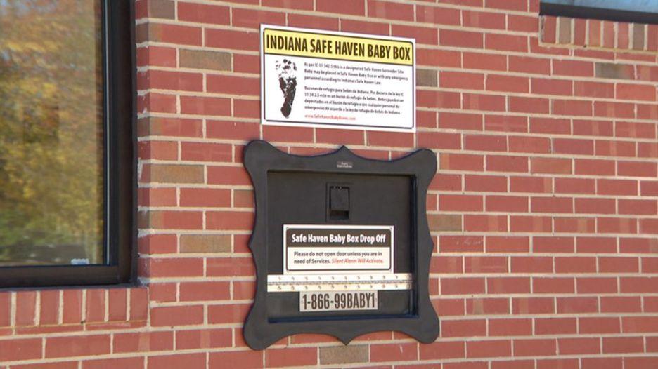 """Entenda porque nos EUA existem """"caixas de correios"""" para bebês abandonados"""