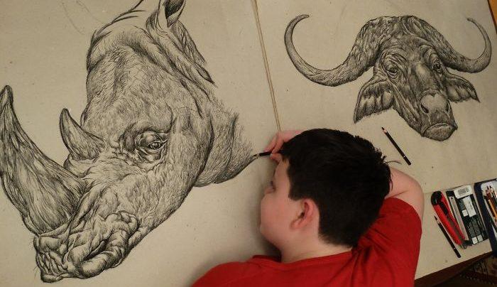Garoto que sonhava em ser desenhista desde os 2 anos, mostra seus incríveis desenhos