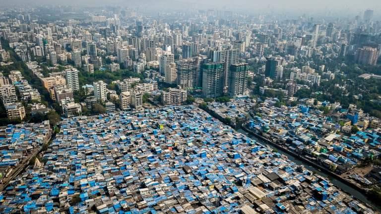 11 imagens que mostram a grande desigualdade na cidade indiana Mumbai