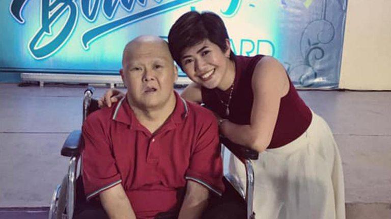 Filha emociona a todos com homenagem para seu pai com síndrome de Down