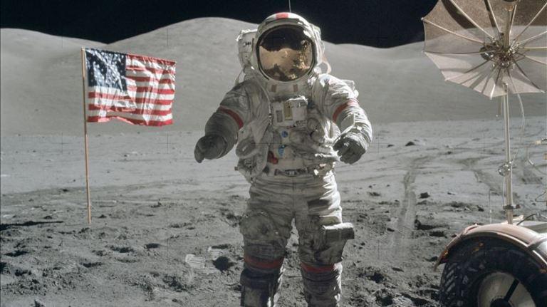 Qual foi a reação dos soviéticos quando souberam que os EUA mandaram o homem à lua primeiro?
