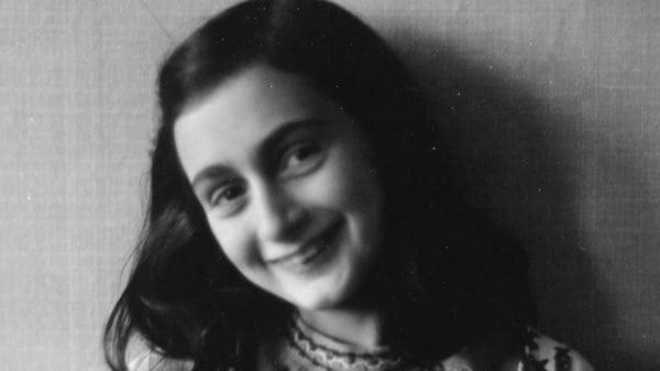 O que existe na versão sem censura do Diário de Anne Frank?
