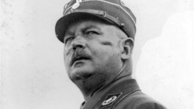Conheça o homossexual assumido que era braço direito de Hitler