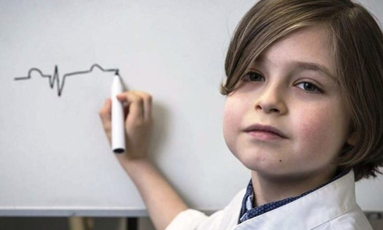 Conheça o menino que está se formando em Engenharia aos 9 anos