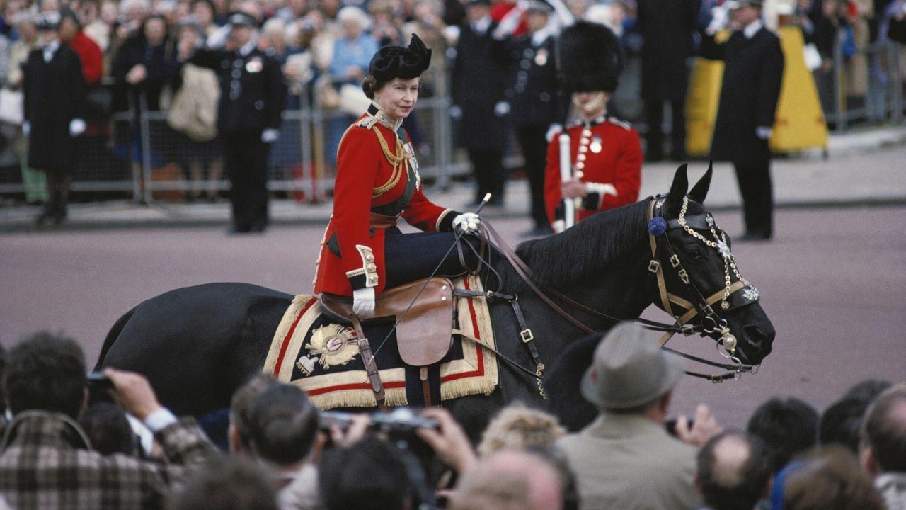 O dia que um adolescente tentou matar a Rainha Elizabeth II