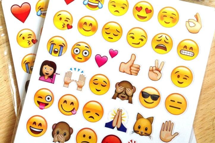 7 emojis que toda mulher usa e o que eles realmente significam