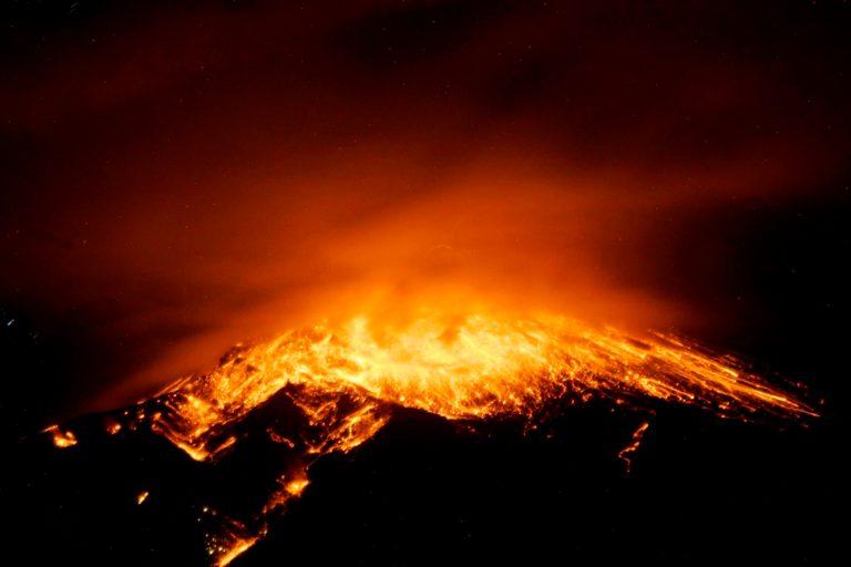 Conheça o vulcão do Equador que pode entrar em colapso a qualquer momento