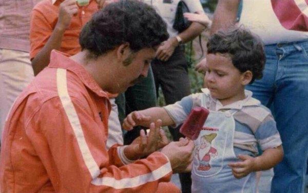 Pablo Escobar Y Su Hijo En El Ano 1979 600x376, Fatos Desconhecidos