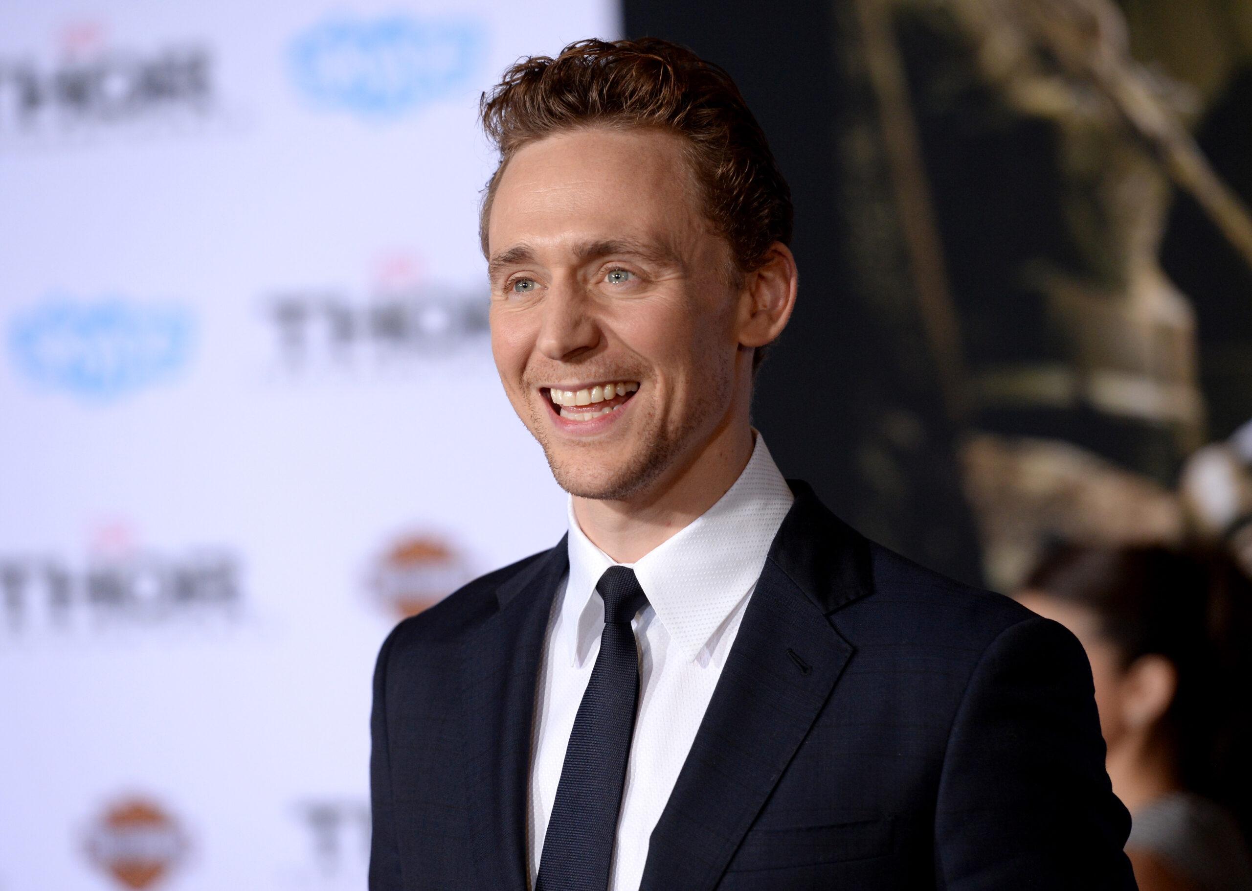 Arte incrível mostra Tom Hiddleston como o Coringa