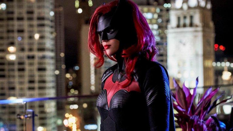 7 séries e filmes de heróis que tiveram que substituir atores