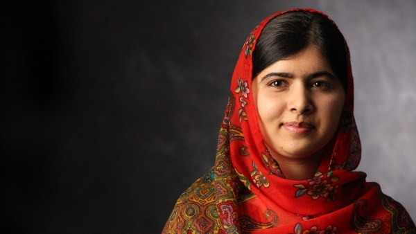 Malala Yousafzai Portrait Wqhd 1440p Wallpaper 600x338, Fatos Desconhecidos