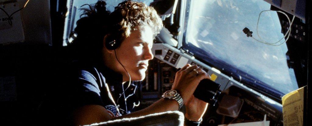Primeira americana a andar no espaço é a primeira a chegar no ponto mais profundo do oceano
