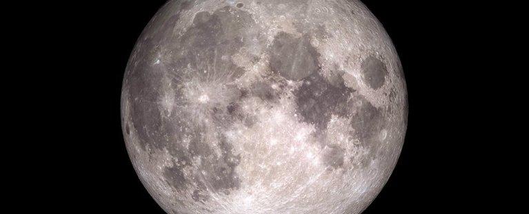 Descoberta em crateras da lua pode nos fazer repensar a sua origem