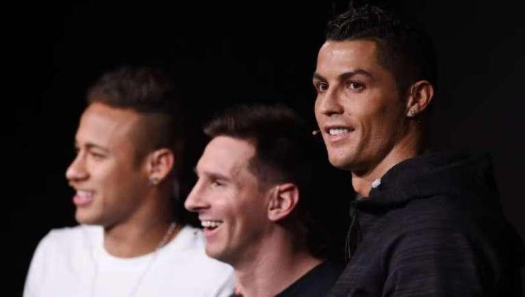 Veja quem são os 5 jogadores de futebol que mais ganham dinheiro com Instagram