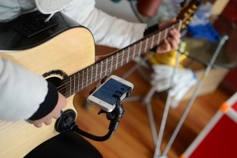 7 aplicativos para aprender a tocar instrumentos no celular