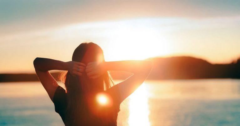 10 efeitos da falta e excesso de sol na nossa saúde