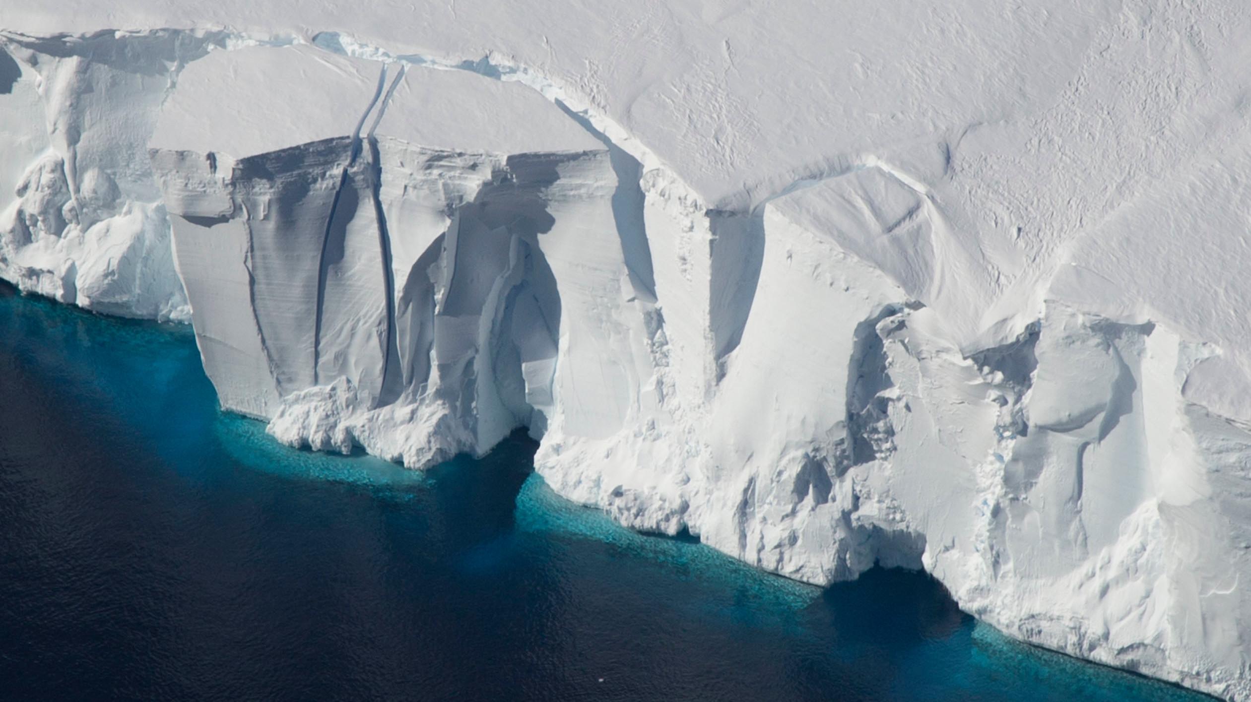 Derretimento de geleiras poderá fazer o nível do mar aumentar 38 cm até 2100