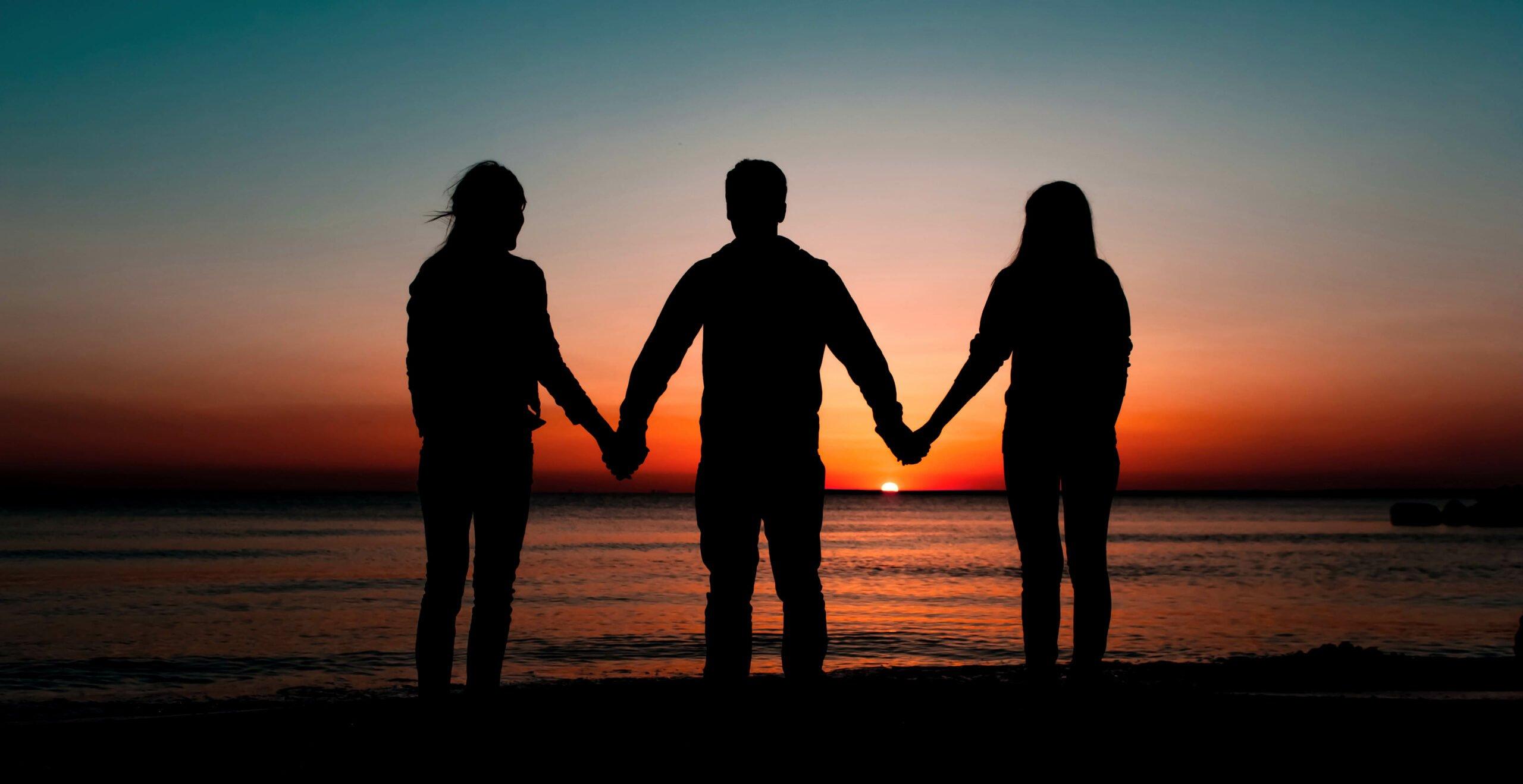 Essas são as chances do seu parceiro querer um relacionamento aberto, segundo estudo