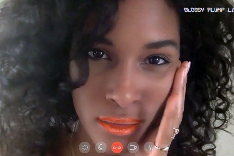 Empresa de cosméticos anuncia 'maquiagem virtual' para videochamadas