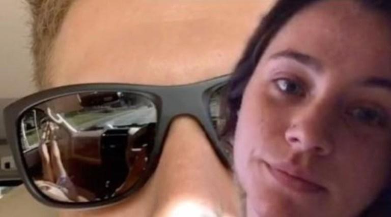 Mulher descobre traição do namorado por reflexo dos óculos em uma selfie