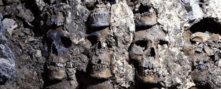 Torre dos Crânios descoberta no México revela mais de 100 sacrifícios astecas