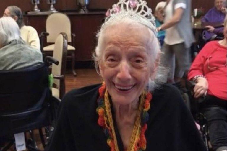 Essa mulher de 102 anos sobreviveu à Gripe Espanhola e duas vezes ao coronavírus