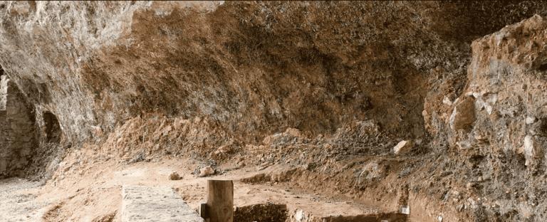 Ossos de criança enterrados há 40 mil anos revelam antigo mistério dos neanderais