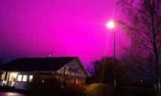 Conheça o sistema de iluminação na Suécia que deixa o céu roxo durante a noite