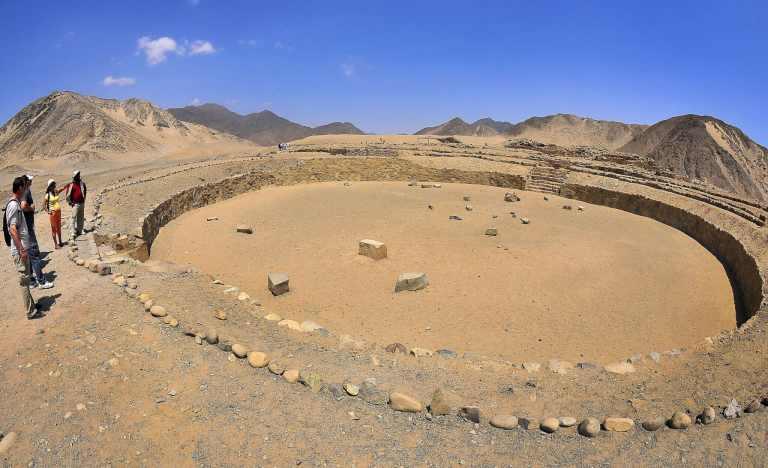 A cidade mais antiga das Américas é uma maravilha arqueológica e está sendo invadida