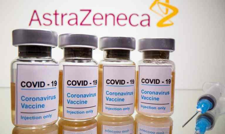 Universidade de Oxford inicia campanha de imunização em crianças de 6 a 17 anos