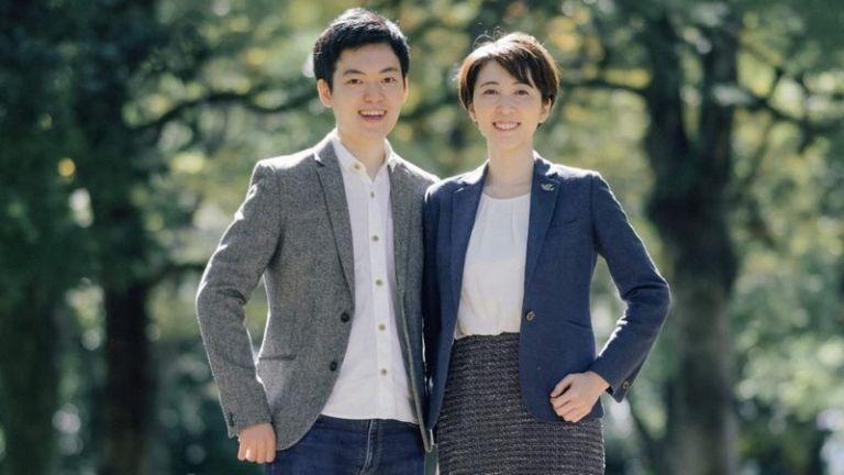 Casal japonês desafia a antiga 'lei do sobrenome'