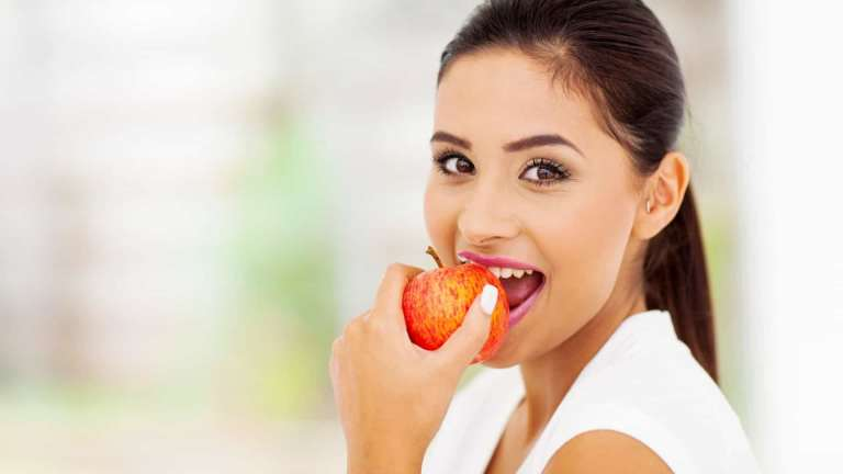 Jeitos mais saudáveis de comer alguns dos nossos alimentos preferidos