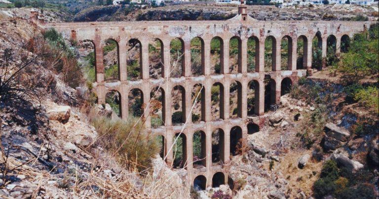 Historiadores encontraram um sistema que manteve os canais de água limpos