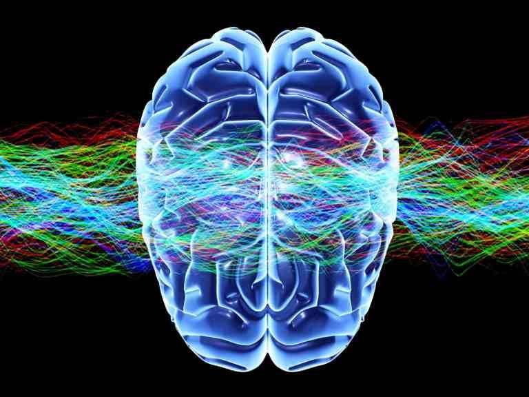 O homem com paralisia consegue se comunicar com 95% de precisão com uso de nova tecnologia