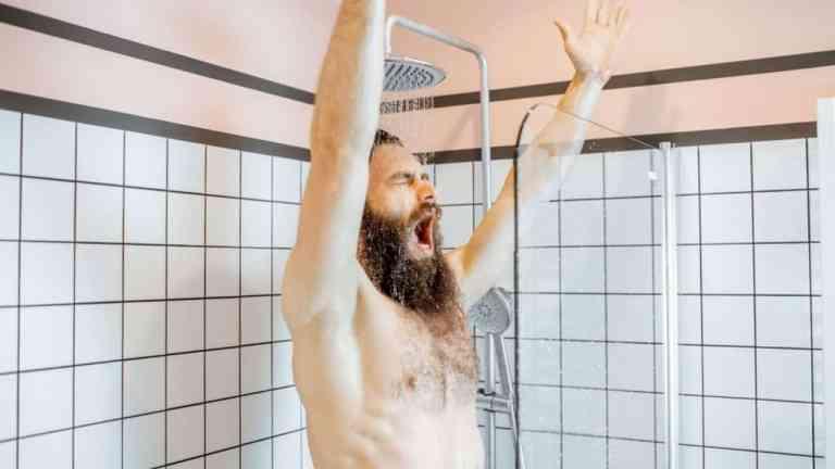 Pesquisa mostra que tomar banho todos os dias pode ser prejudicial