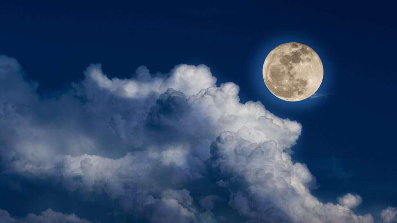 A lua tem uma grande influência na forma como dormimos, mostra estudo